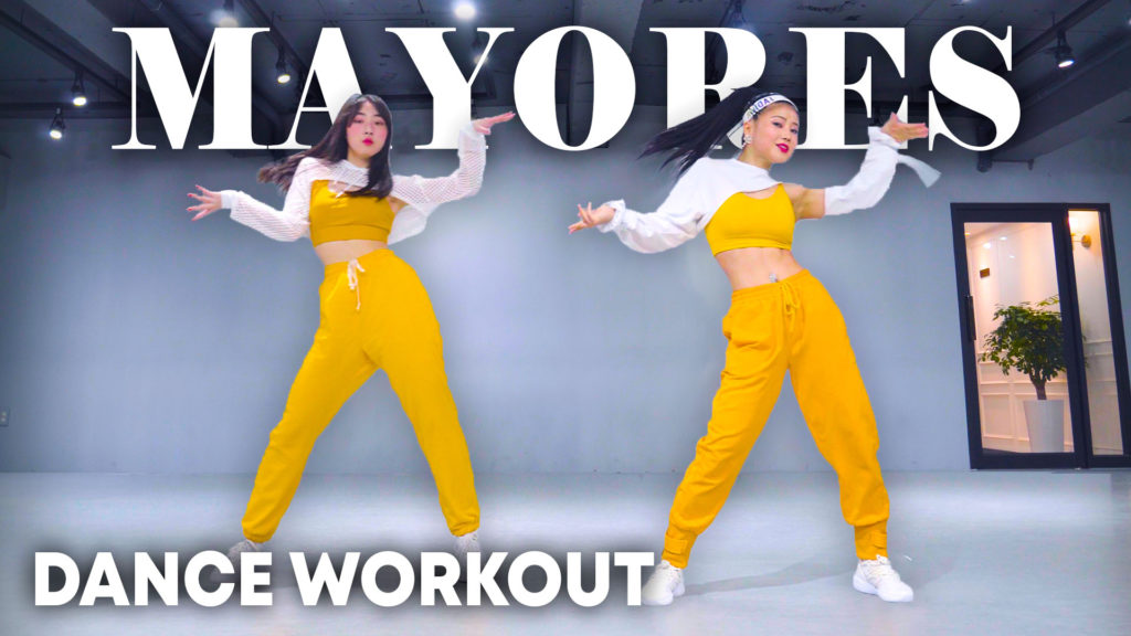 Becky G, Bad Bunny – Mayores